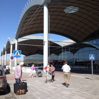 Photo taken at Alicante-Elche Airport (ALC) by RENT A CAR D. on 9/25/2013