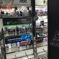Photo taken at Sim Lim Square by kom_thai k. on 4/7/2017