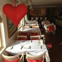 2/15/2013 tarihinde cucinamakkarnaziyaretçi tarafından Cucina Makkarna'de çekilen fotoğraf