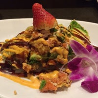 Photo taken at Sushi Hai by Dionne W. on 11/15/2015