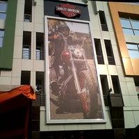 10/7/2012 tarihinde Dodi C.ziyaretçi tarafından Mabua Motor'de çekilen fotoğraf