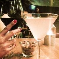 7/9/2013 tarihinde 💐Ayşen Ç.ziyaretçi tarafından Hangover Cafe & Bar'de çekilen fotoğraf