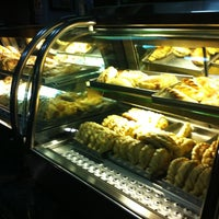 Das Foto wurde bei Empanadas Bar von Alê M. am 9/29/2012 aufgenommen