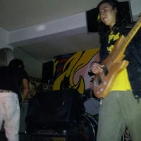 Photo taken at Nivel 2 Bar by Oscar C. on 6/22/2013