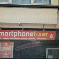 Photo taken at smartphonefixer by Silke V. on 10/17/2015