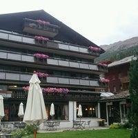 Photo taken at Best Western Alpen Resort Hotel by さざなみ™ on 9/4/2016