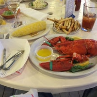 Photo taken at Finns Seafood Restaurant by Jared F. on 8/15/2014