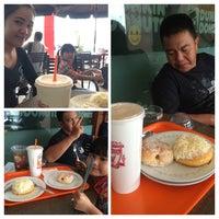 Photo taken at Dunkin' Donuts by Bunda K. on 1/25/2015