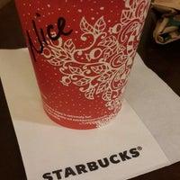 Photo taken at Starbucks by Ayşe Duygu Ş. on 11/20/2016