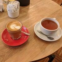 Foto tirada no(a) Café Triciclo por Daren W. em 10/29/2017