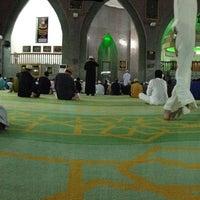 Photo taken at Masjid Perpindahan Lambak Kanan by Azichi P. on 7/18/2013