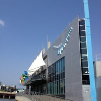 Photo taken at SEA LIFE Melbourne Aquarium by GOTO on 1/21/2013