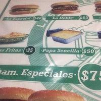 Photo taken at Mr. Big Burger Las Dobles de los Rieles by Luis G. on 7/9/2016