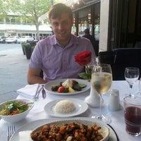 7/20/2016 tarihinde Elena G.ziyaretçi tarafından Restaurant Tuğra'de çekilen fotoğraf