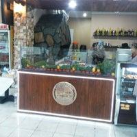 Photo taken at Edo dürüm cafe by Metin K. on 8/5/2014