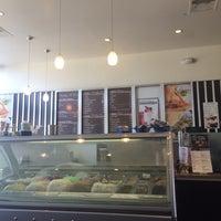 Photo taken at Melt Gelato & Crêpe Café by Minhchau N. on 7/12/2016