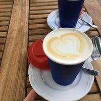 Снимок сделан в Кафе О Ле / Cafe Au Lait пользователем Tatiana T. 6/19/2018