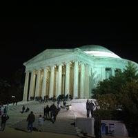 Foto tomada en Thomas Jefferson Memorial por Rafael S. el 3/28/2013