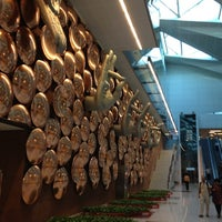 Photo taken at Indira Gandhi International Airport (DEL) by Osei V. on 9/30/2012