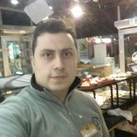 Photo taken at komşufırın by Yunus K. on 1/23/2016