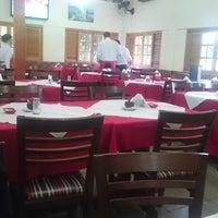 Foto tirada no(a) Restaurante Bom de Minas por Elaine D. em 7/2/2017
