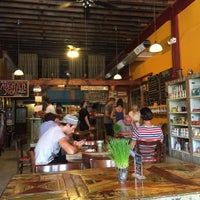 Photo taken at Oasis Juice Bar & Market by Uptown S. on 9/7/2015