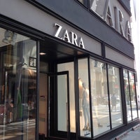 Photo taken at ZARA by Masapie on 5/14/2016