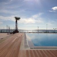 Foto tirada no(a) Real Marina Hotel & Residence por Andreia C. em 12/10/2012