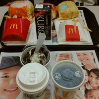 Photo taken at McDonald's by Nagatsu M. on 3/16/2018