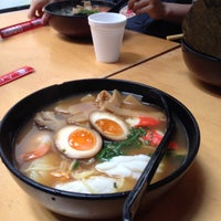 Photo taken at Menya Japanese Noodle Cafe by Luthink T. on 11/26/2015