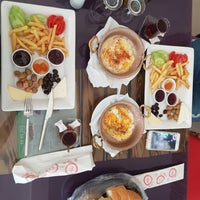 6/4/2016 tarihinde Ayşegül Ö.ziyaretçi tarafından Sedir Cafe & Restaurant'de çekilen fotoğraf