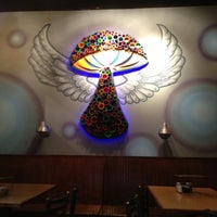 Photo taken at Mellow Mushroom by Dez M. on 11/12/2012