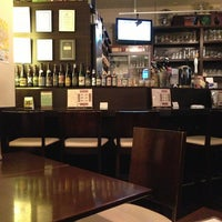 Foto scattata a vivo! Beer+Dining Bar da __makkie__ il 5/28/2013