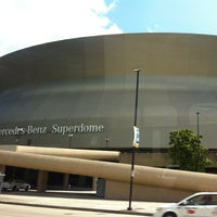 Photo taken at Mercedes-Benz Superdome by KeeKat . on 5/16/2013