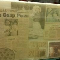 Снимок сделан в The Coop Pizza пользователем Joseph K. 8/31/2015