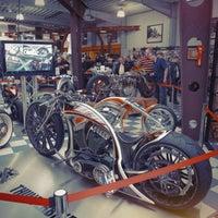 Das Foto wurde bei Thunderbike Harley-Davidson von Thunderbike Harley-Davidson am 7/22/2014 aufgenommen
