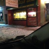 Photo prise au Jesse's Mexican Grill par Brenda M. le12/10/2013