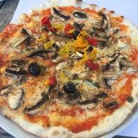 Photo taken at Il Postino Pizzeria by Betül B. on 8/6/2016