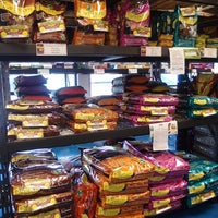 Photo taken at Pet Vet Supply by Pet Vet Supply on 5/10/2016