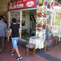 Photo taken at Acıktım Urfali dürümcü by Mehmet E. on 8/15/2014