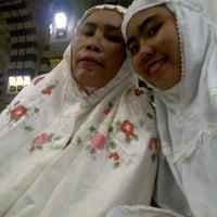 Photo taken at Luxurious Al-Rawdah Suites by Soraya R. on 5/27/2012