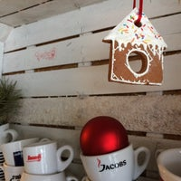 Снимок сделан в Coffee Kiosk пользователем Liudmila K. 1/10/2016