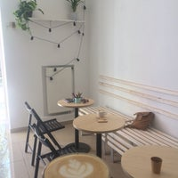 Снимок сделан в Coffee Kiosk пользователем Liudmila K. 5/28/2018