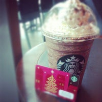 Photo taken at Starbucks by Elain K. on 11/17/2012
