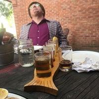 Foto tirada no(a) Angry Minnow Restaurant & Brewery por Lucas T. em 6/9/2017