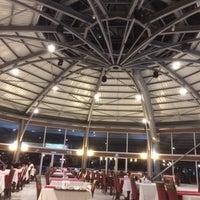 11/19/2017 tarihinde Ayşegül S.ziyaretçi tarafından Gölet Restaurant'de çekilen fotoğraf