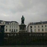 Photo taken at Place des Barricades / Barricadenplein by Quinten R. on 3/11/2016