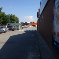 Photo taken at HORNBACH by Moni R. on 7/23/2014