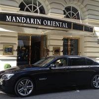 Photo taken at Mandarin Oriental Munich by Maik L. on 9/28/2012