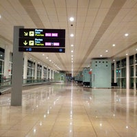 Photo taken at Barcelona–El Prat Airport (BCN) by Yana G. on 9/21/2013